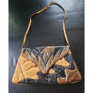 VINTAGE 1980'S Black & Gold Leather Handbag
